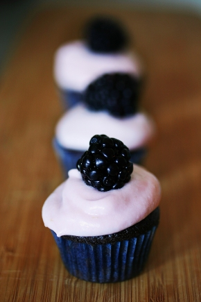 black velvet blackberry